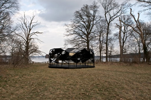 The blind pavilion, 2003Installationsansicht, Pfaueninsel Berlin
