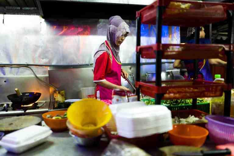 Malesia, settembre 2015. street food in Kuala Lumpur.